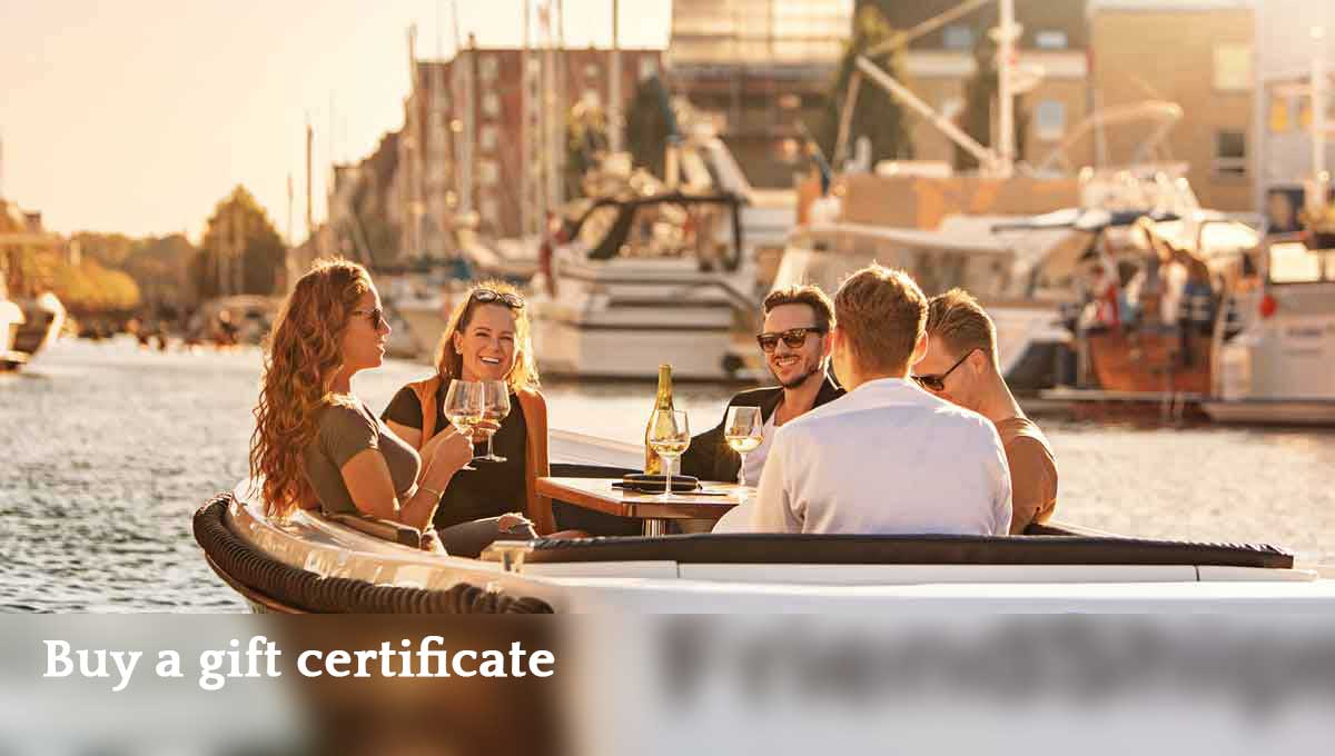 1200x680_FriendShips_Copenhagen_electric_boat_rental_GiftCertificates_EN_medium
