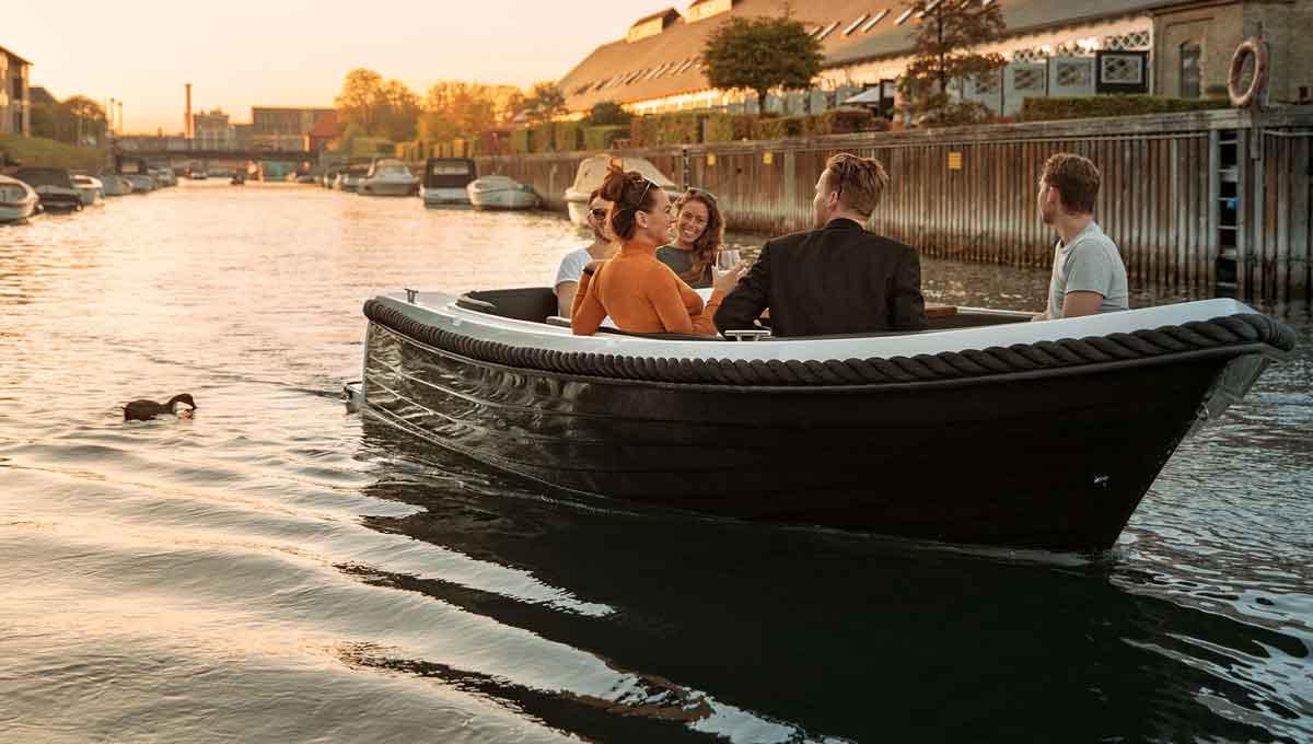 FriendShips_Copenhagen_electric_boat_rental_1